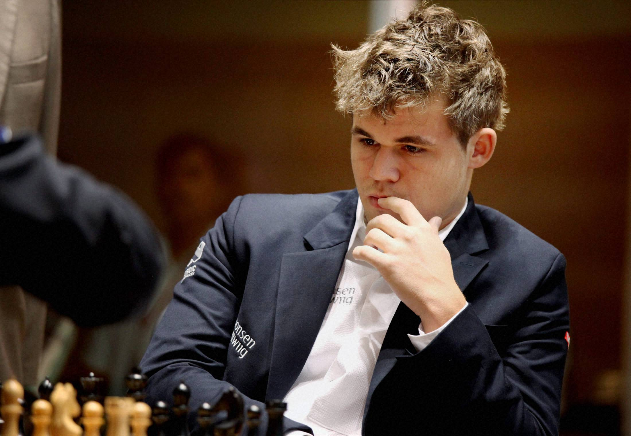 Magnus Carlsen - Highest official FIDE rating