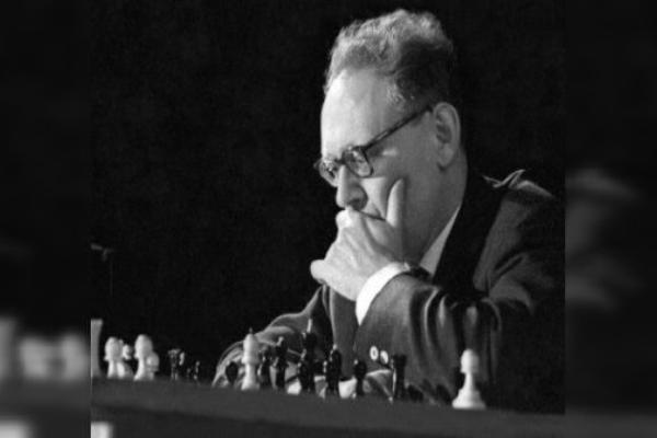 The best games of Mikhail Botvinnik